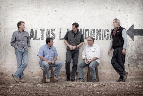 Foto da equipe na vinícola